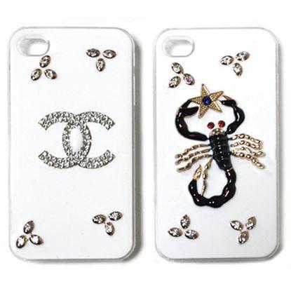Изображение Задняя панель для iPhone 6 Deluxe пластиковая со стразами белая Chanel с лепестками